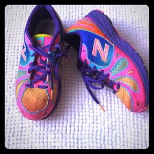 New balance girls color full sneakers 5